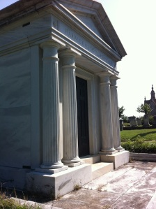 Harwick-Luckie-Hemmer Mausoleum Block 212 Classical Revival 1978