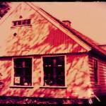 Billy Bob Thorton Buys Haunted House