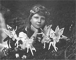 Cottingley Fairies, 1917